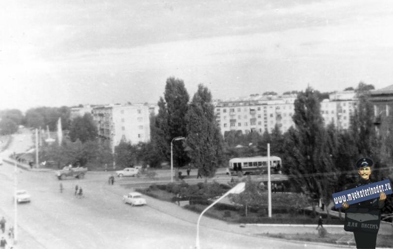 Краснодар. Улица Офицерская в конце 60х годов