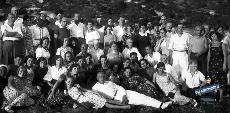 Геленджик. ДО Госторговли. Экскурсия в горы,  1939 год