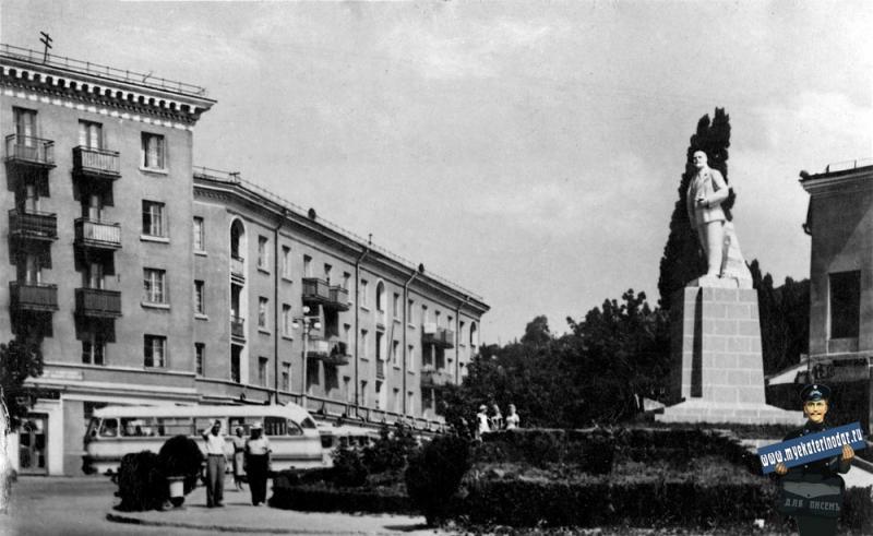 Туапсе. Площадь Ленина